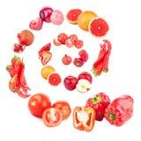 Geïsoleerde spiraal van rode vruchten en groenten, stock afbeelding