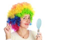 Geïsoleerde vrouw met spiegel Royalty-vrije Stock Afbeeldingen