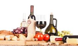 Geïsoleerde wijn en voedsel Stock Foto's