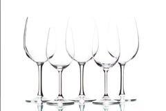Geïsoleerde wijnglazen op wit Royalty-vrije Stock Foto's
