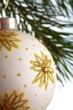 Geïsoleerdea de spar van Kerstmis Royalty-vrije Stock Afbeeldingen