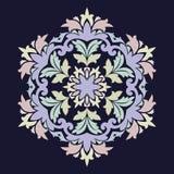 Geïsoleerdee vectorillustratie Abstract bloemendecor Overladen zes puntster of mandala met uitstekende motieven royalty-vrije illustratie