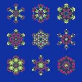 Geïsoleerdee vectorillustratie Abstract bloemendecor Overladen zes puntster of mandala met uitstekende motieven stock illustratie