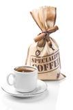 Geïsoleerdeh koffiekop en zak stock afbeelding