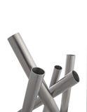 Geïsoleerdej de pijpenverticaal van het roestvrij staal Royalty-vrije Stock Foto's