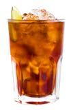 Geïsoleerdek cocktail met ijs en kalk 3 stock afbeeldingen