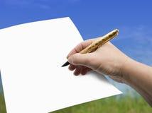 Geïsoleerdek hand, Pen en Document - stock fotografie
