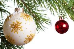 Geïsoleerdel de spar van Kerstmis Stock Afbeeldingen