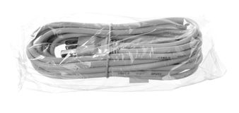 Geïsoleerdel de uitbreidingskabel van USB in een zak Stock Afbeeldingen