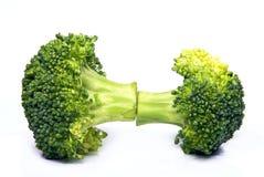 Geïsoleerdeo verse broccoli Royalty-vrije Stock Foto's