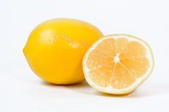 Geïsoleerder citroenenregeling stock foto's