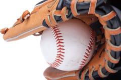 Geïsoleerdet honkbalhandschoen met bal Royalty-vrije Stock Foto's