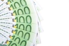 Geïsoleerdl honderd euro bankbiljetten Stock Foto's