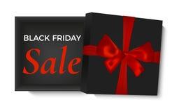 Geöffnete schwarze Geschenkbox mit rotem Band und realistischen dem Bogen, lokalisiert auf weißem Hintergrund Plakat-, Broschüren stock abbildung