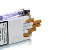 Geöffneter Satz Zigaretten Stockbild