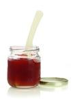 Geöffnetes Glas Mischfruchtmarmelade stockfotos