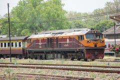 Ge Dieslowska lokomotywa żadny 4529 i trenują żadny 51 Obrazy Stock
