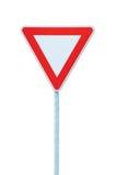 ge yield för trafik för tecknet för prioritetsvägroadsign långt Arkivfoton
