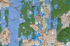 Gealterte grün-blaue Wand Schale des alten Lackes Stockfotos