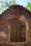 Gealtertes hölzernes Fenster Stockfotografie