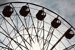 Gealtertes und getragenes Weinlesefoto des Riesenrads Stockfotografie