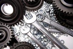 gears nuts skruvnycklar Arkivfoton