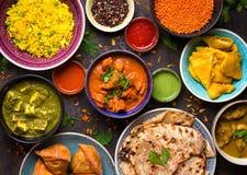 Geassorteerd Indisch voedsel stock afbeeldingen