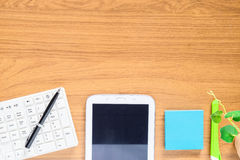 Geassorteerde Bureaulevering zoals snijder, mobiele telefoons stock foto