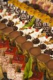 Geassorteerde chocolade en desserts Royalty-vrije Stock Fotografie