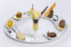 Geassorteerde desserts stock afbeeldingen