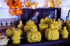 Geassorteerde Halloween-kaarsen royalty-vrije stock foto