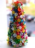 Geassorteerde Knopen op een Storaxschuimboom stock fotografie