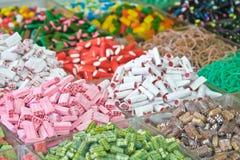 Geassorteerde multicolored en multishaped suikergoed Royalty-vrije Stock Afbeelding