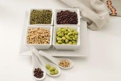 Geassorteerde sojabonen. Stock Fotografie
