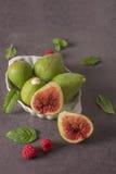Geassorteerde verse fig. en framboos Royalty-vrije Stock Fotografie