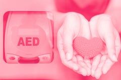 Geautomatiseerd extern defibrillator AED stock afbeeldingen