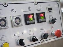Geavanceerd technische Industriële Machinecontrole door PLC programing logboek royalty-vrije stock foto's