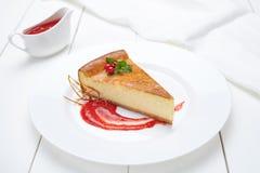 Gebäcknachtisch des traditionellen Käsekuchens des Käsekuchens süßer stockfoto