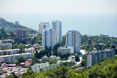 Gebäude auf der Küste von Sochi Stockbild