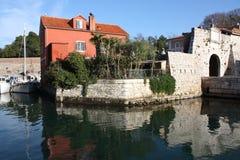 Gebäude auf der Seeküste adriatisches Zadar Kroatien Stockfotografie