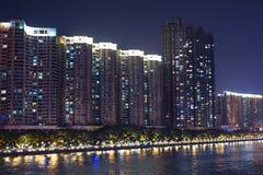 Gebäude auf Pearl River Bank Stockbilder