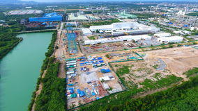 Gebäude auf Standort Fabrik Stockbild
