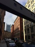 Gebäude-Brücke Lizenzfreie Stockfotos