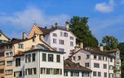 Gebäude der alten Stadt Zürichs Stockfoto
