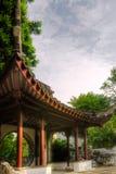 Gebäude der chinesischen Art im Garten Lizenzfreie Stockfotografie