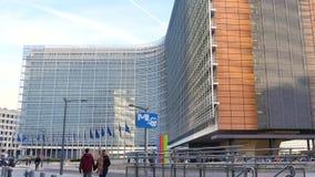 Gebäude der Europäischen Kommission in Brüssel, Belgien stock footage