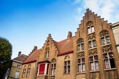 Gebäude in der historischen Mitte von Brügge lizenzfreie stockfotografie