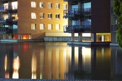 Gebäude in der Nacht Stockfotografie