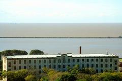 Gebäude in der Ufergegend Stockbild