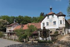 Gebäude des ehemaligen Kloster- und heute Reitergericht rettershof im taunus, Hessen, Deutschland lizenzfreies stockbild